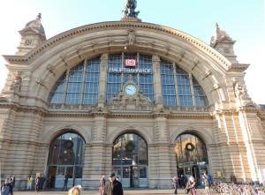 Центральный вокзал Франкфурта