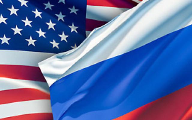 flags_USA_RUSSIA
