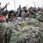 НАТО перебросит 4 тысячи военнослужащих к границам России