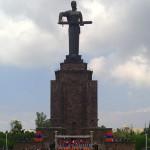 Тройной праздник Победы отмечают в Армении и НКР в условиях беспрецедентной напряженности в Карабахе