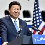 SEATTLE, Sept. 23, 2015 (Xinhua) -- Chinese President Xi Jinping addresses a welcome ceremony held by Boeing Company during his visit to the Boeing Company's commercial airplane factory in Everett of Washington State, the United States, Sept. 23, 2015.  (Xinhua/Li Tao) (wf) (Credit Image: © Li Tao/Xinhua via ZUMA Wire)