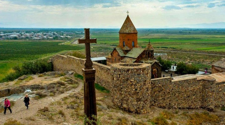 _99390215_armenia1 (1)