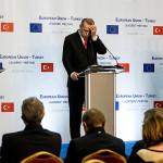 «Ищу новую крышу, старая сдулась, не заплатив»: горький финиш саммита ЕС — Турция