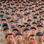 Почему в Китае катастрофически не хватает населения