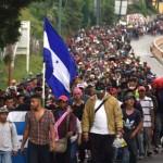Тысячи беженцев идут к южной границе Мексики. Их цель — США