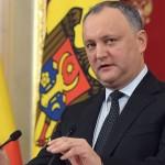 Додон обвинил спикера парламента Молдавии в сдаче страны румынам