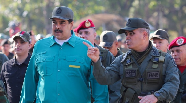 Venezuela's President Nicolas Maduro speaks with Venezuela's Defense Minister Vladimir Padrino Lopez and Remigio Ceballos Strategic Operational Commander of the Bolivarian National Armed Forces, during a military exercise in Valencia, Venezuela January 27, 2019. Miraflores Palace/Handout via REUTERS ATTENTION EDITORS - THIS PICTURE WAS PROVIDED BY A THIRD PARTY.