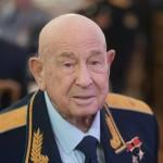 CBS News (США): Алексей Леонов, первый человек, вышедший в открытый космос, умер в возрасте 85 лет