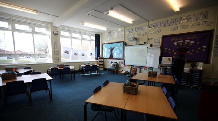 General view of a empty classroom in Barnton Community Primary School as the majority of schools in the UK close while the spread of the coronavirus disease (COVID-19) continues. Barnton, Cheshire, Britain March 20, 2020. REUTERS/Molly Darlington