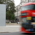 Daily Mail: в Лондоне Черчилля «спрятали» от протестующих