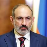 """Премьер Армении призвал своих сторонников разобраться со """"скулящими под стенами"""""""