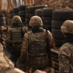 Пашинян должен обосновать предложение о сокращении срока службы в армии - депутат