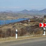 Нельзя просто взять и признать советские границы: аналитик о делимитации с Азербайджаном